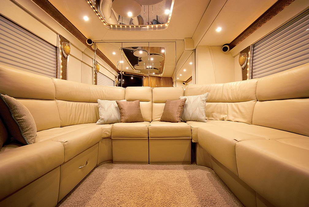 Private Aft Boardroom